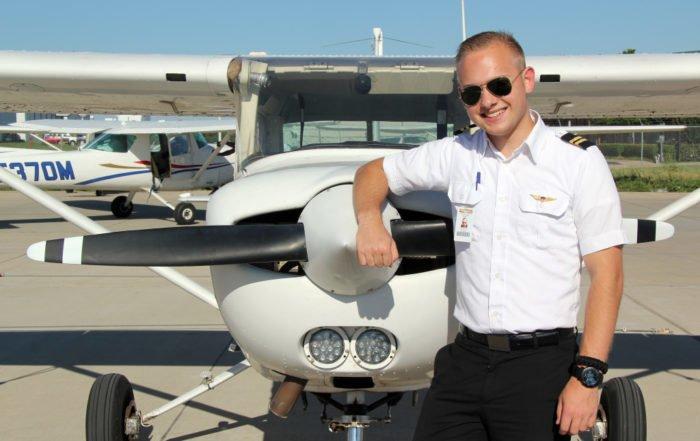 amerika pilot akademisi 700x441 - IFA FLY | Uçuş Okulu | Pilotluk Eğitimi | Pilotluk Okulu